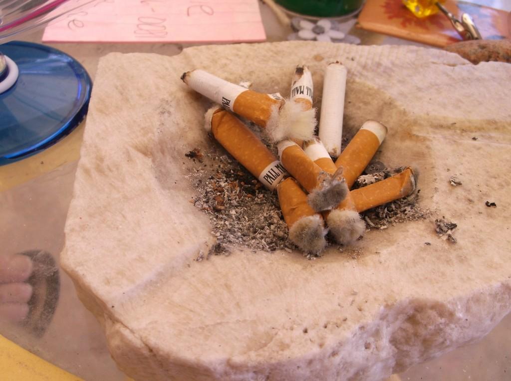 Smokes/polishers in ashtray